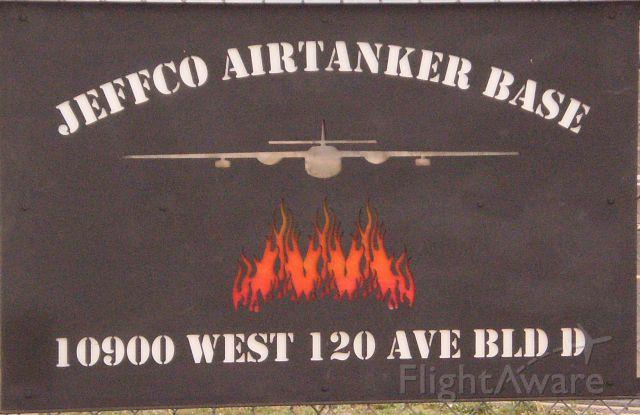 — — - Slurry Bomber Base in Colorado
