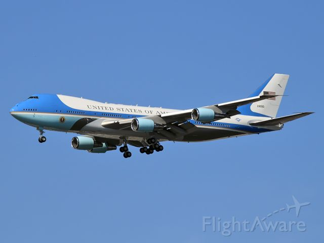 Boeing 747-200 (92-9000) - Air Force One getting ready to land in Philly.