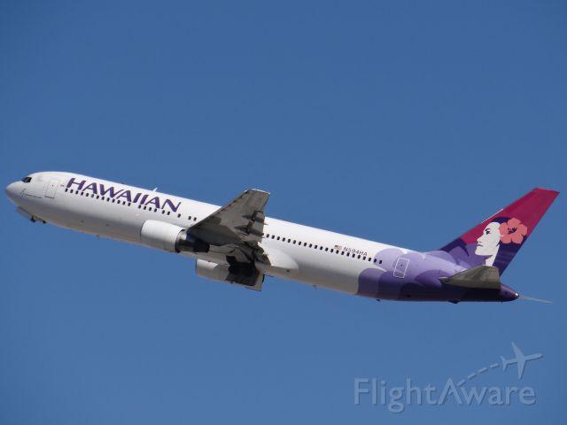 BOEING 767-300 (N594HA) - Los Angeles Airport March 2014. 3/30/14