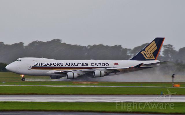 Boeing 747-400 (9V-SFG) - singapore cargo b747-4f 9v-sfg landing at shannon 28/7/15.