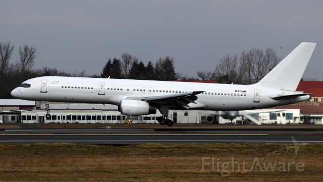 BOEING 757-300 (G-POWH)