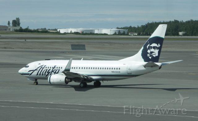Boeing 737-700 (N622AS)