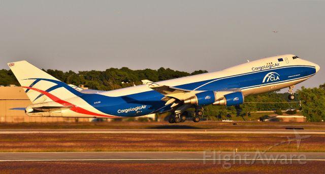 Boeing 747-400 (G-CLBA)
