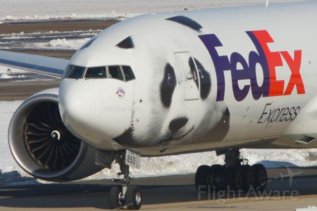 BOEING 777-200LR (N850FD) - FDX9750 the FedEx Panda Express