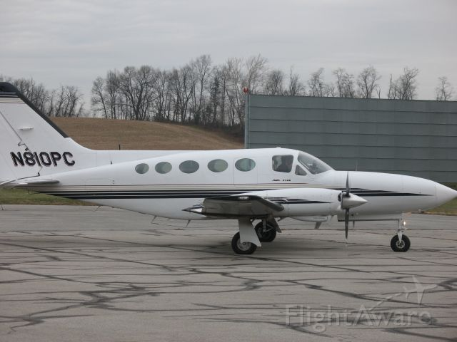N810PC — - Cessna 414 N810PC Running its engines up prior to takeoff on runway 17 at KTHV , York Airport