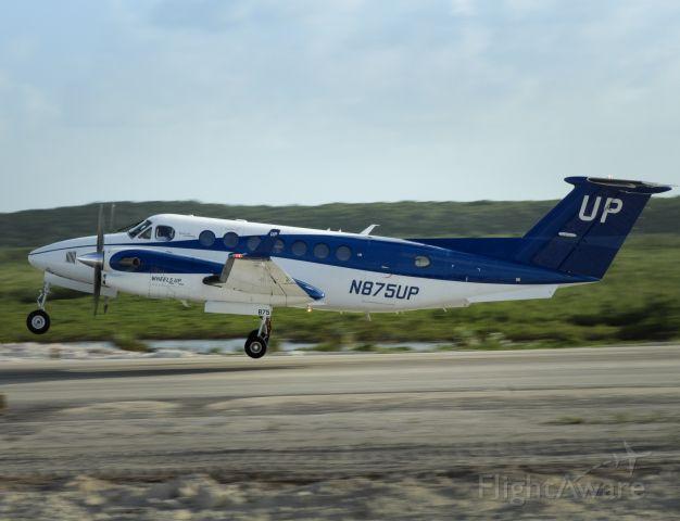 Beechcraft Super King Air 350 (N875UP)