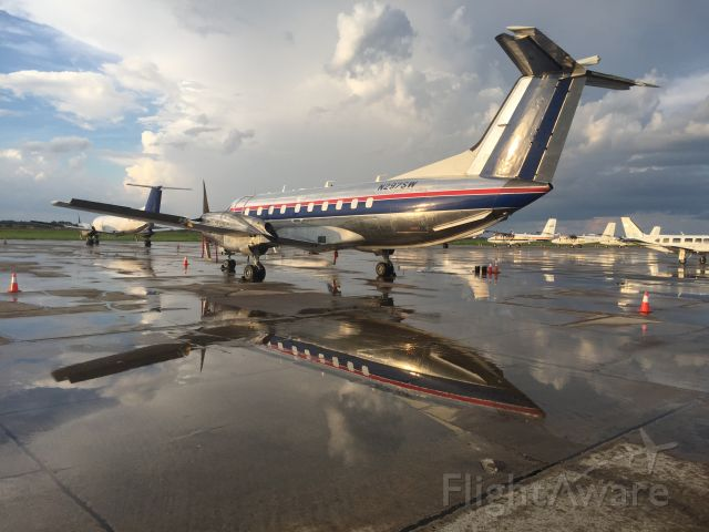 Embraer EMB-120 Brasilia (N297SW) - Bandit getting a night off