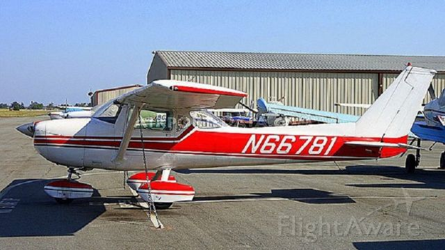 Cessna Commuter (N66781) - My Trainer