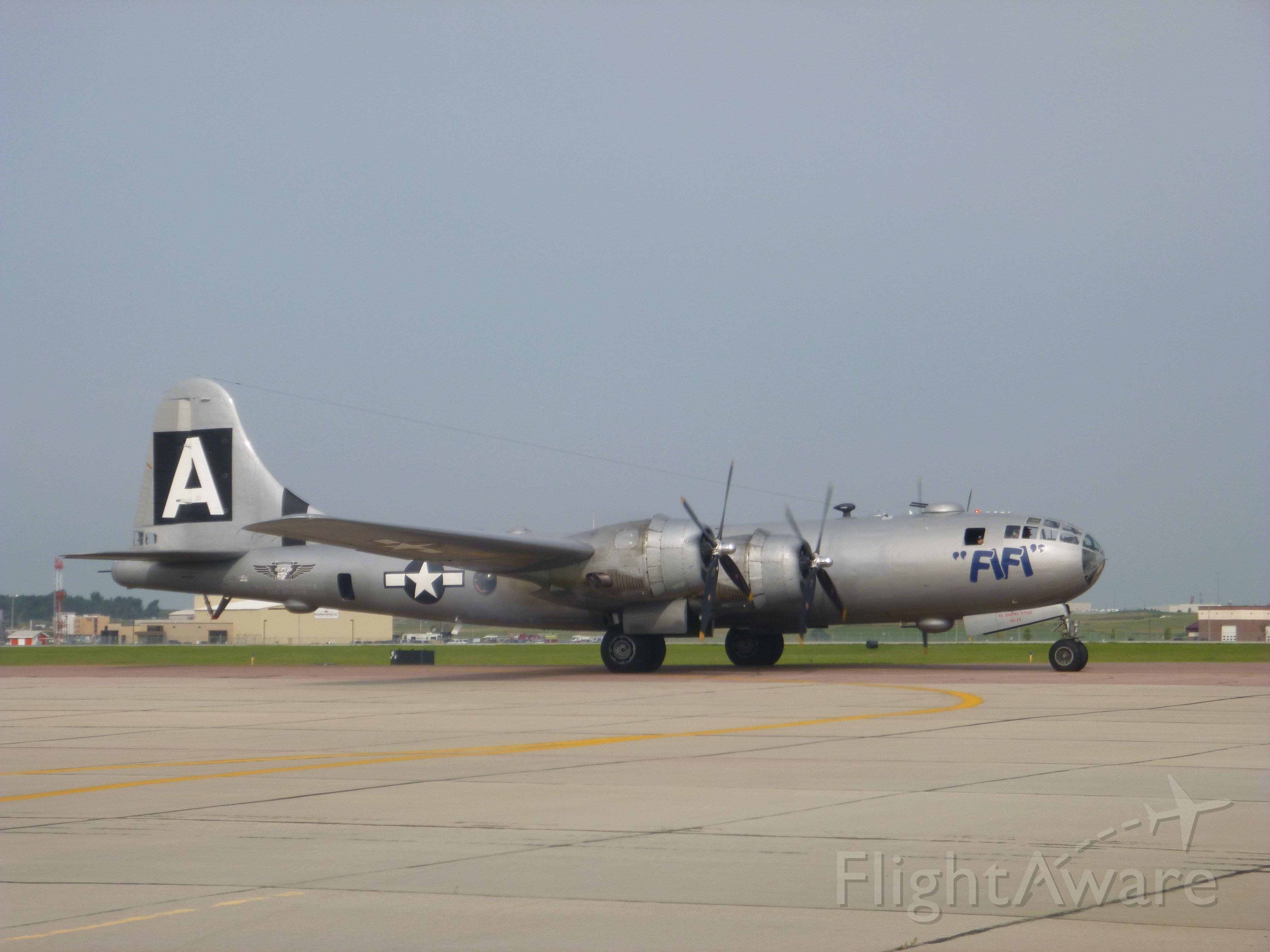 "Boeing B-29 Superfortress (NX529B) - ""FIFI"""
