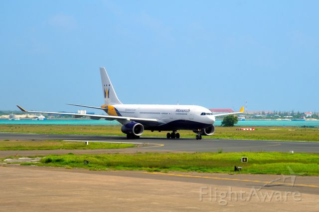 Airbus A330-200 (G-EOMA) - 2008 - Landing in Male, gateway to the Maldives