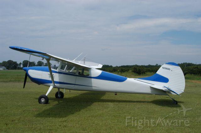 Cessna Skyhawk (N2966D)