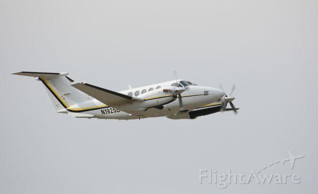 Beechcraft Super King Air 200 (N1925L)