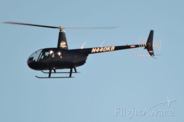 Robinson R-44 (N440KB)
