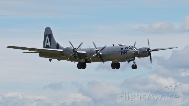 """Boeing B-29 Superfortress (N529B) - """"FIFI"""" visits KPAE! CAFs B29 on final approach to Rwy 16R for their second touch / go landing on 6/19/14."""