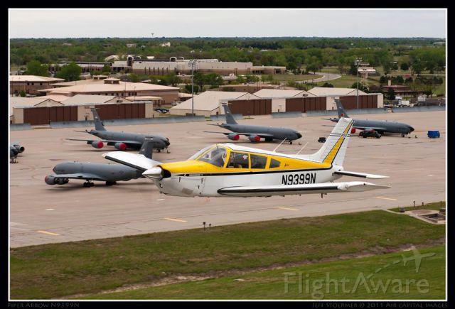 Piper Cherokee Arrow (N9399N)