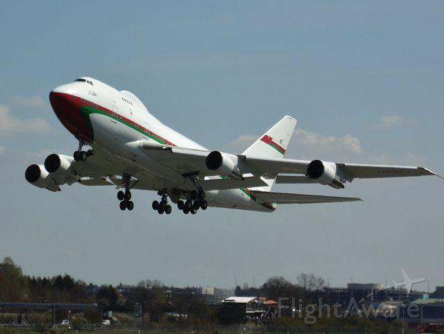BOEING 747SP (A4O-SO)