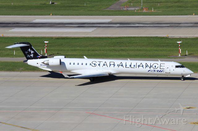 Canadair Regional Jet CRJ-900 (S5-AAV)