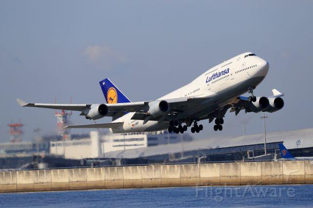 Boeing 747-400 (D-ABVP)