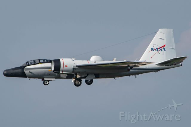MARTIN WB-57 (N926NA) - NASA926 returning from a 4.5 hour test flight over the east coast.