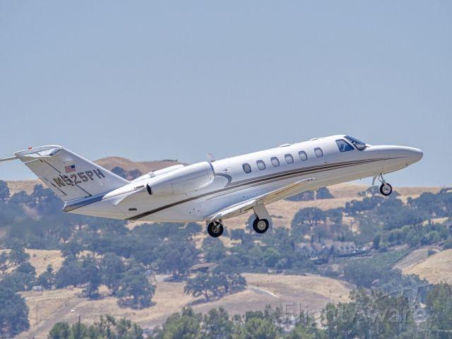 N525PH — - Cessna Citation 525A departing Livermore Municipal Airport