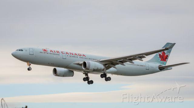 Airbus A330-300 (C-GFAJ) - landing on 8R at CYVR