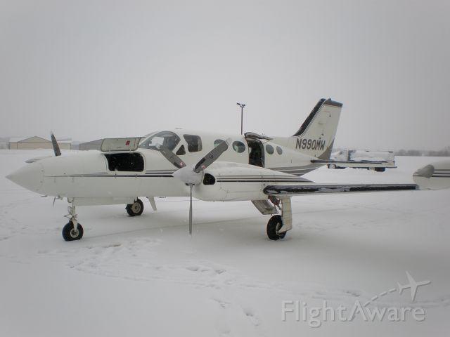 Cessna 421 (N990MW)