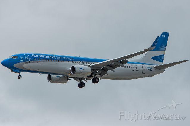 Boeing 737-800 (LV-FUC) - Aerolineas Argentinas - Boeing 737-8SH<br />Registration: LV-FUC<br /><br />Buenos Aires (EZE) / São Paulo (GRU)<br /><br />Foto Tirada em: 15/11/2016<br />Fotografia: Marcelo Luiz