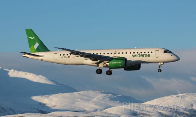 Embraer E190-E2 (LN-WEA) - A bit of spotting at Tromso
