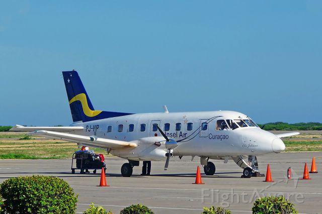 Embraer EMB-110 Bandeirante (PJ-VIP)