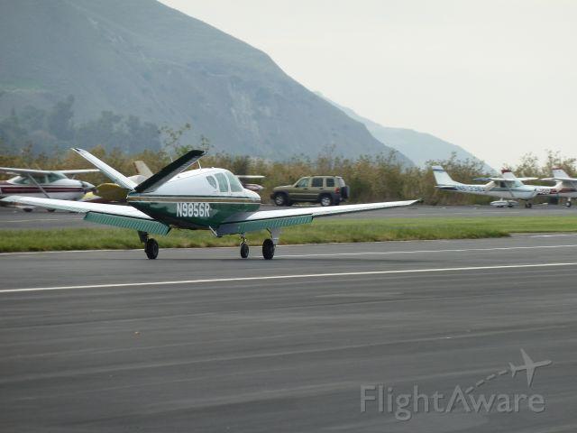 Beechcraft 35 Bonanza (N9856R)