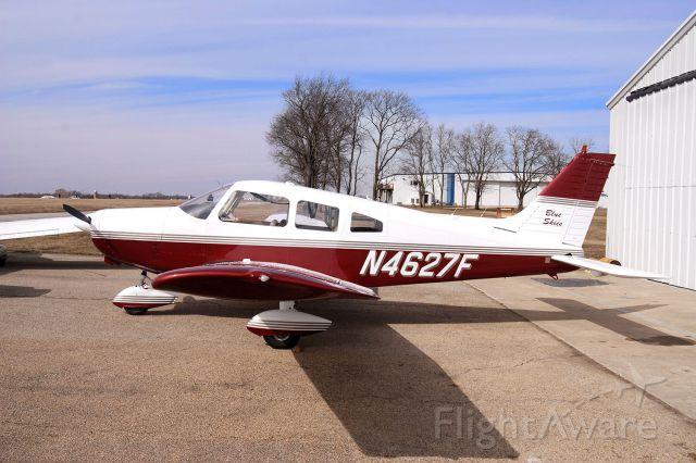 Piper Cherokee (N4627F)