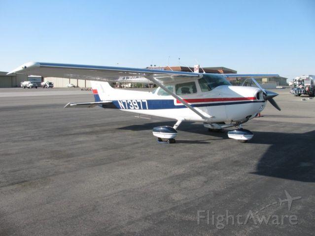 Cessna Skyhawk (N73977)