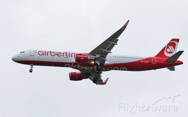 Airbus A321 (OE-LNZ) - air berlin a321-211 oe-lnz about to land at shannon from vienna 6/11/17.