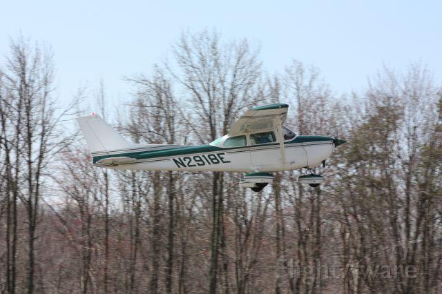 Cessna Skyhawk (N2918E) - Taken 3-29-13