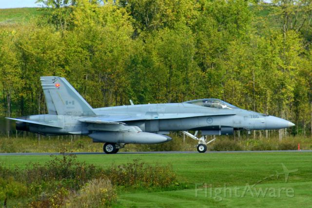 18-8786 — - Taxing in for a public open house at Vintage Wings of Canada on the 18th-Sept-10 in Gatineau Quebec Canada