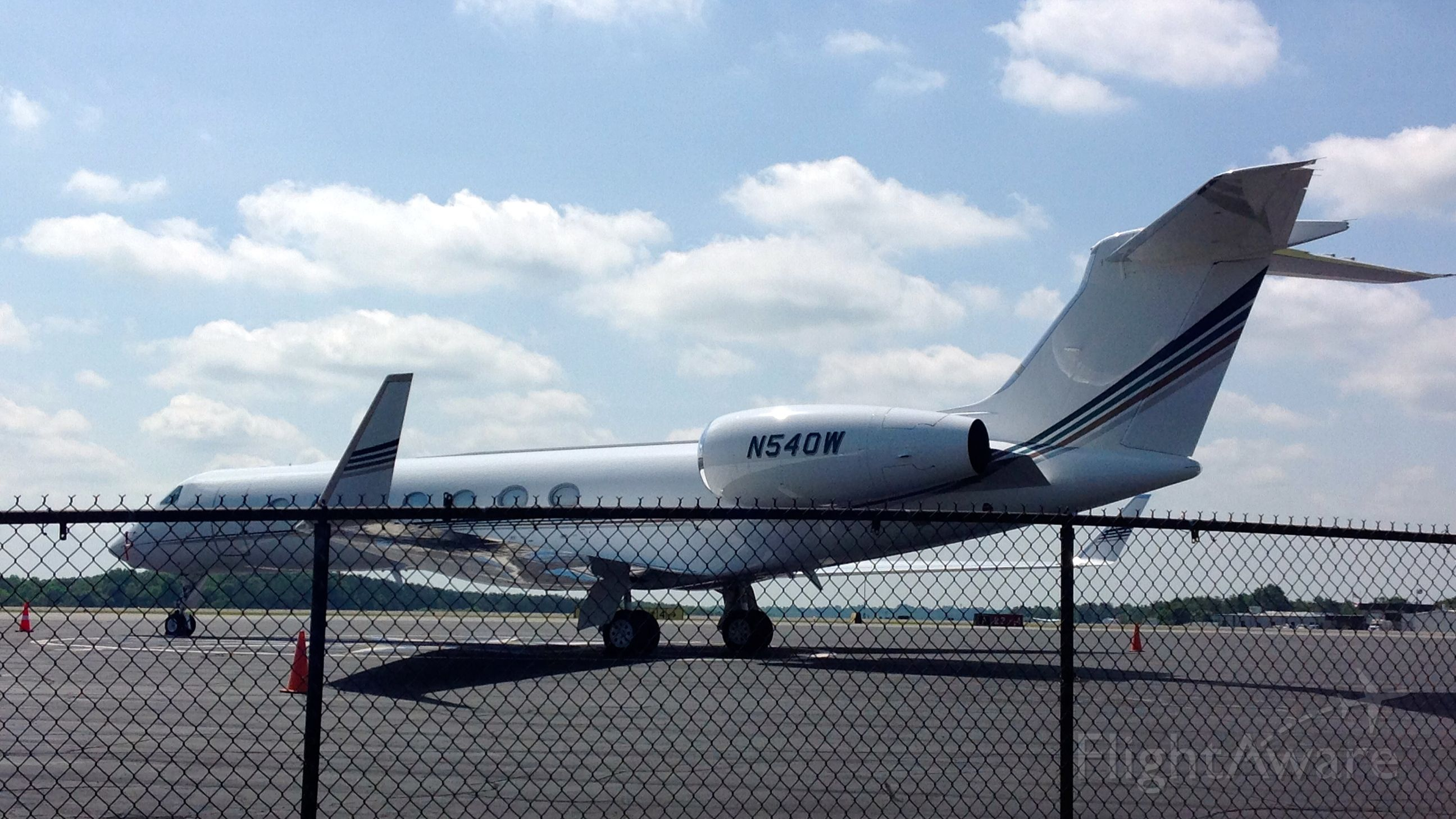 Gulfstream Aerospace Gulfstream V (N540W) - Oprah Winfrey in town for the funeral of Dr. Maya Angelou