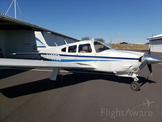 Piper Cherokee Arrow (N4065Q)