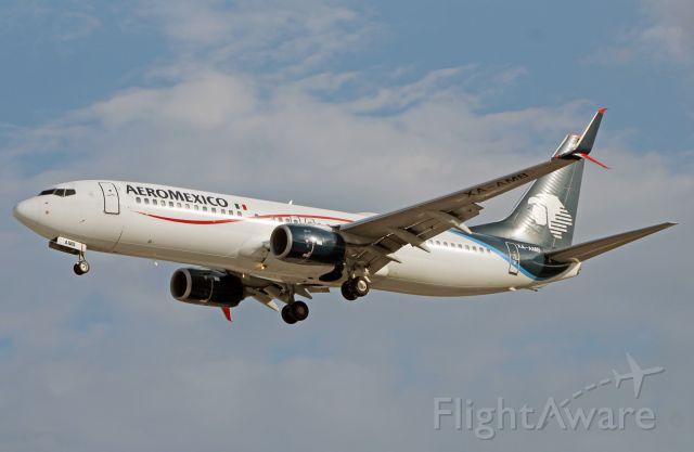 Boeing 737-800 (XA-AMB) - AeroMexico / Boeing 737-852 - MSN 36703 / XA-AMB / MMMX 06/2019