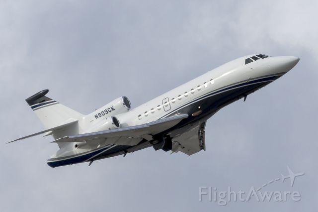 Dassault Falcon 900 (N909CK)