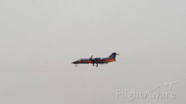 Learjet 31 (N789SR)