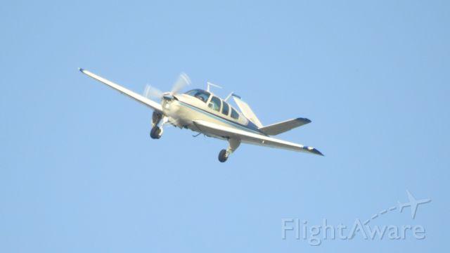 Beechcraft 35 Bonanza (N7969M)