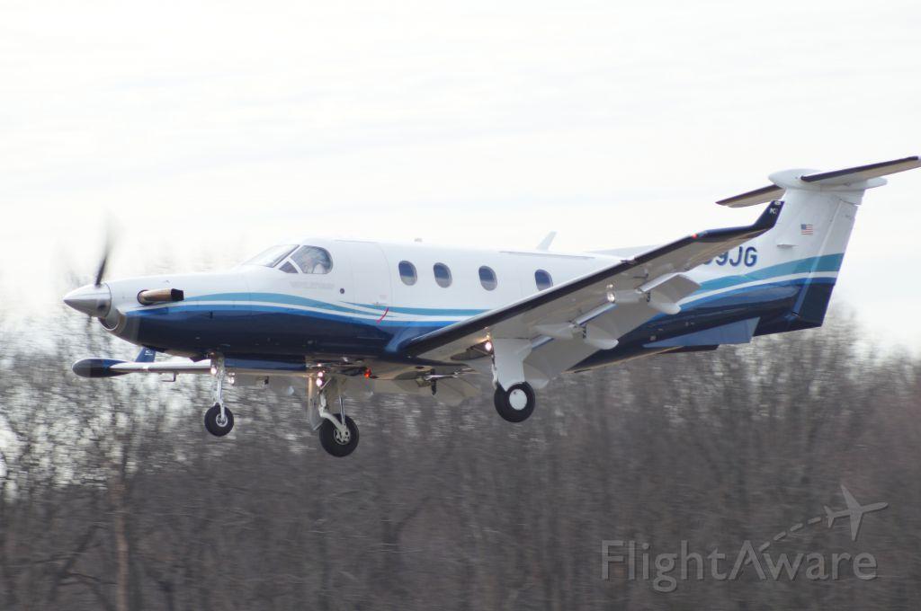 — — - Pilatus departing Rwy 12 KSMQ.