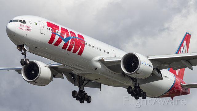 BOEING 777-300ER — - TAM, B77W, on short finals to LHR.