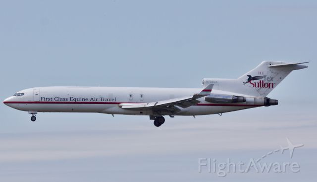 """BOEING 727-200 (N725CK) - """"Air Horse One"""" as some call her. Lovely to see a beautiful and increasingly rare 727 arriving into Dallas this morning"""