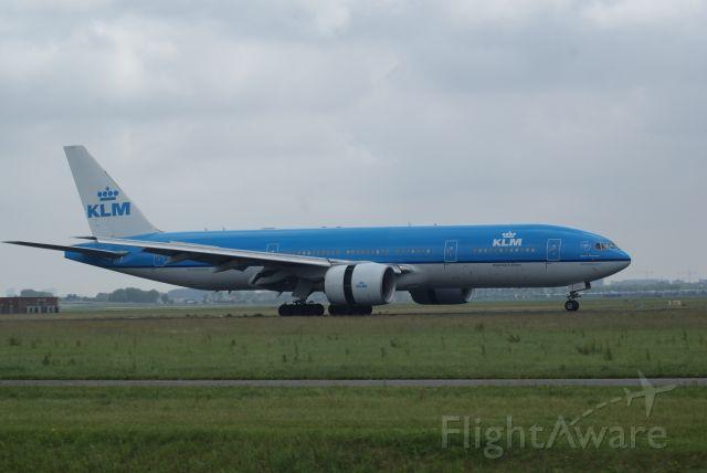Boeing 777-200 (PH-BQA) - KLM B777-206ER cn33711 Arrival RWY18R 20-6-2019