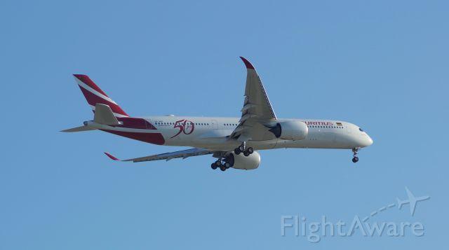 Airbus A350-900 (3B-NBP)