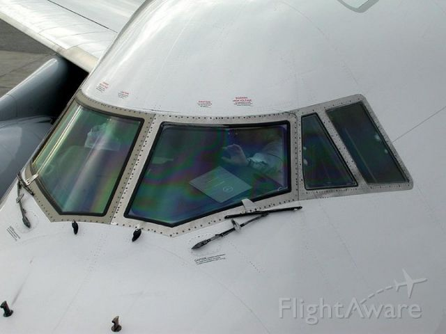 Boeing 747-400 — - ready for start up and pushback