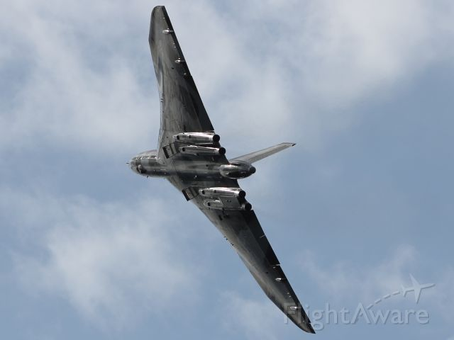 — — - The Avro Vulcan B-2 bomber has the manouverability of a fighter jet, even though the technology dates back to the 1950's. Seen here soon after take off at Farnborough 2012.