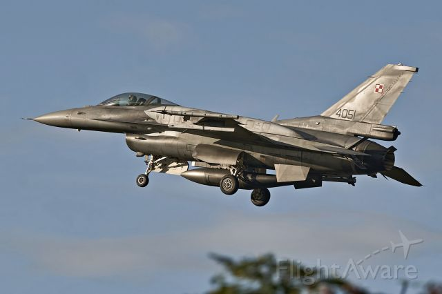 N4051 — - PLAF F-16C on final approach at EPKS after afternoon sortie