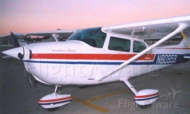 Cessna Skyhawk (N80959) - Mets Flying Club.  Owned since 1978.